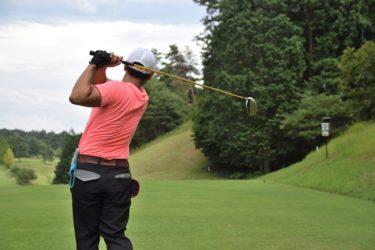 ゴルフ初心者でもすぐにアプローチが上達できるウェッジの打ち方